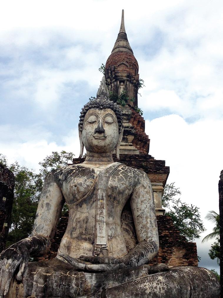 貴重な遺跡や仏教寺院が美しいスコータイ遺跡