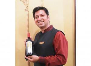 スタッフのSumit さん「魅力溢れるインドワインとの ペアリングについて、ご質問 などあればお気軽にお声掛け ください!ご相談承ります。」
