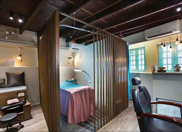 private-room-interior
