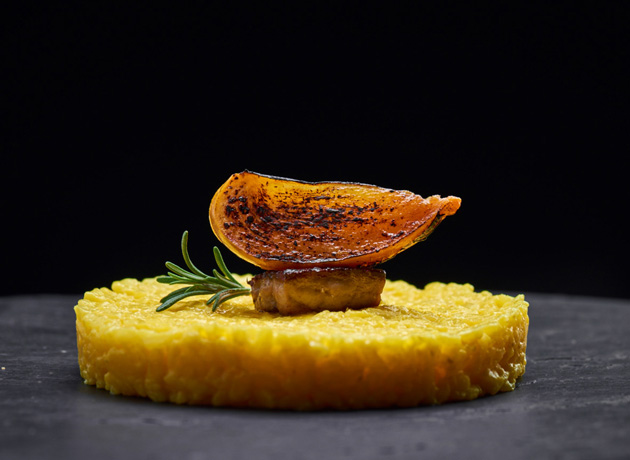 persimmon-carnaroli-risotto-with-mascarpone-cheese-and-pan-seared-foie-gras