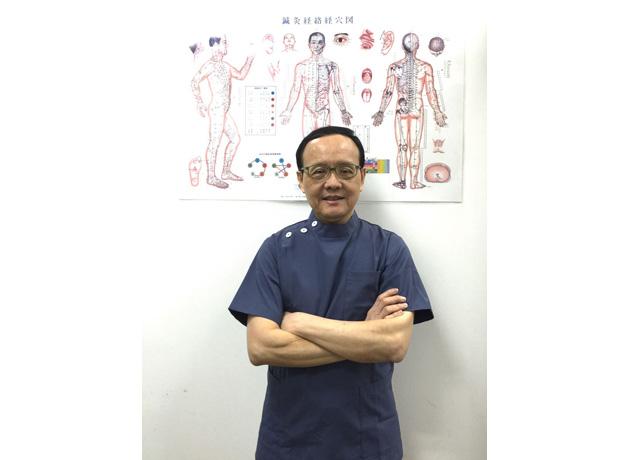 中医師と鍼灸免許を持つベテランのフランキー先生