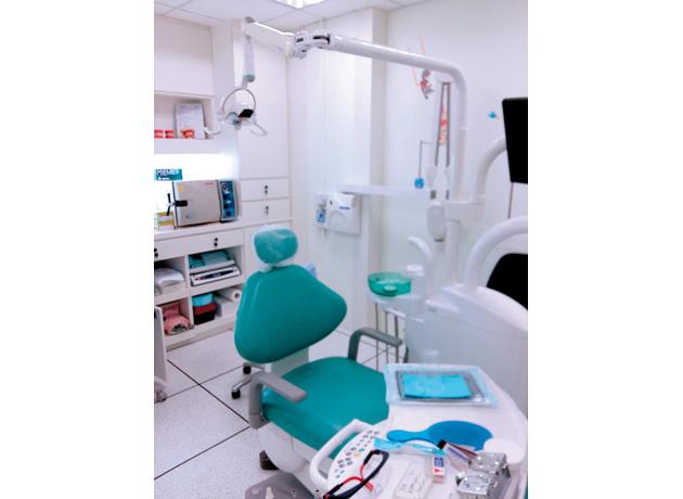 日本と変わらない施設を誇る歯科で安心治療を