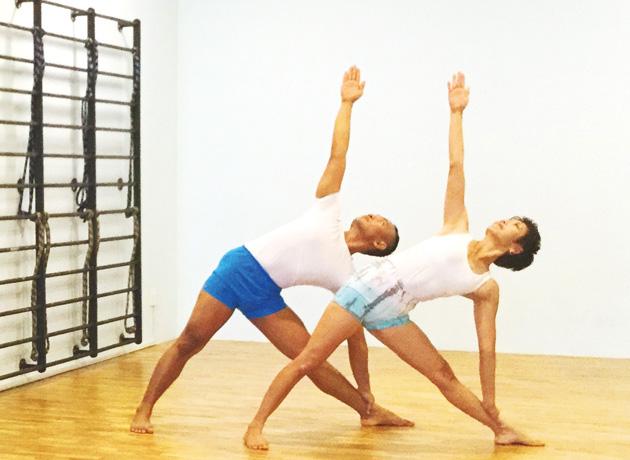 体が硬い、ヨガは初めてという方におすすめ。一人ひとりの体の状態に合った丁寧で細やかな指導が受けられる