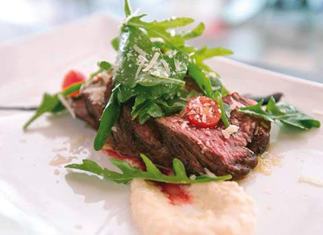 味と価格が反比例!な「Tenderlion Steak」(S$20)