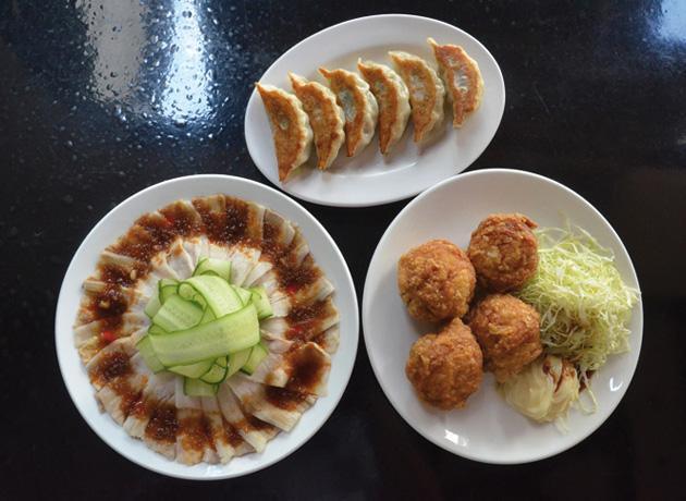 豚の冷しゃぶ」、「唐揚げ」「餃子」は三錦のトップ3 !