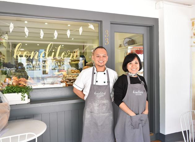 Ahmad さんとスタッフのNadiah さん。笑顔が素敵な接客も魅力のひとつ。