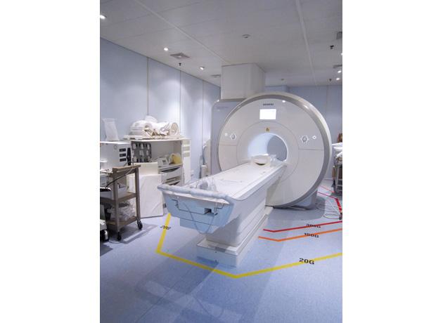 最新のMRI・CT などの放射線検査設備