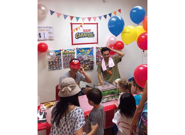 年に1 度の幼稚園行事「スポーツデー」ではボランティアでブースを出展。父親ならではの楽しみ